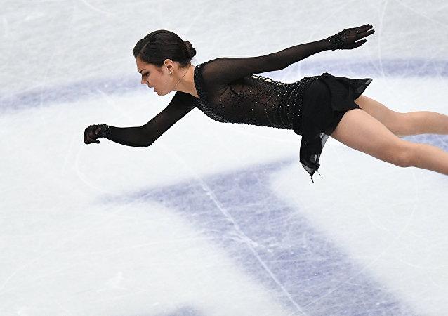 Evguéniya Medvédeva participa en el Campeonato Mundial de Patinaje Artístico