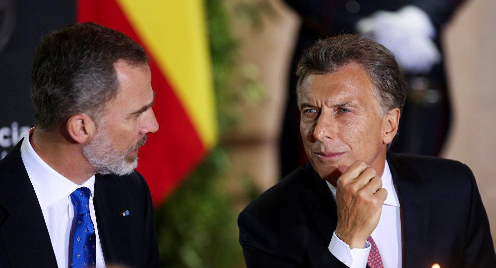 El rey de España, Felipe VI, y el presidente de Argentina, Mauricio Macri