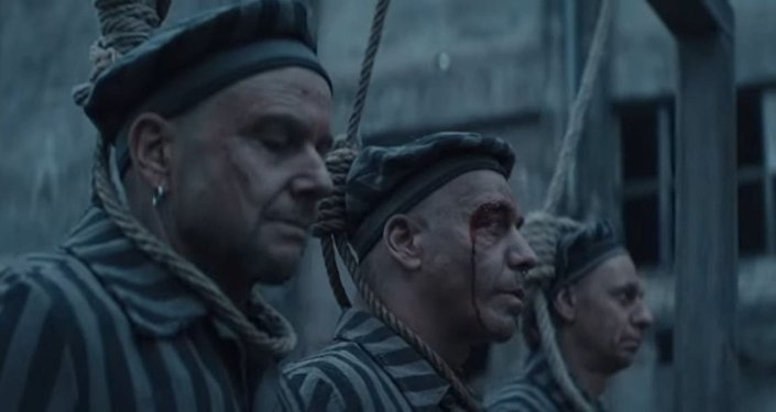 Video musical de la canción 'Deutschland' de la banda alemana Rammstein