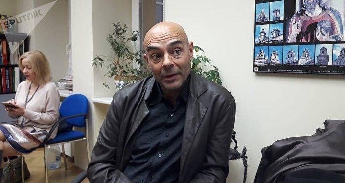 Lino Varela, director de la película Huérfanos del Olvido