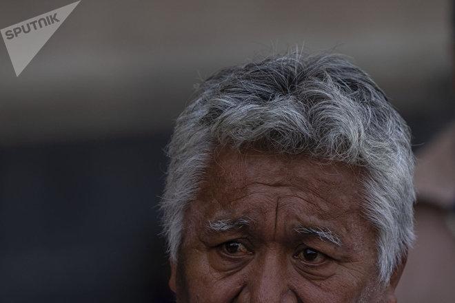 Ciudad de México: Manuel Olivares Hernández tras la conferencia para informar el levantamiento del plantón de las comunidades desplazadas de Guerrero