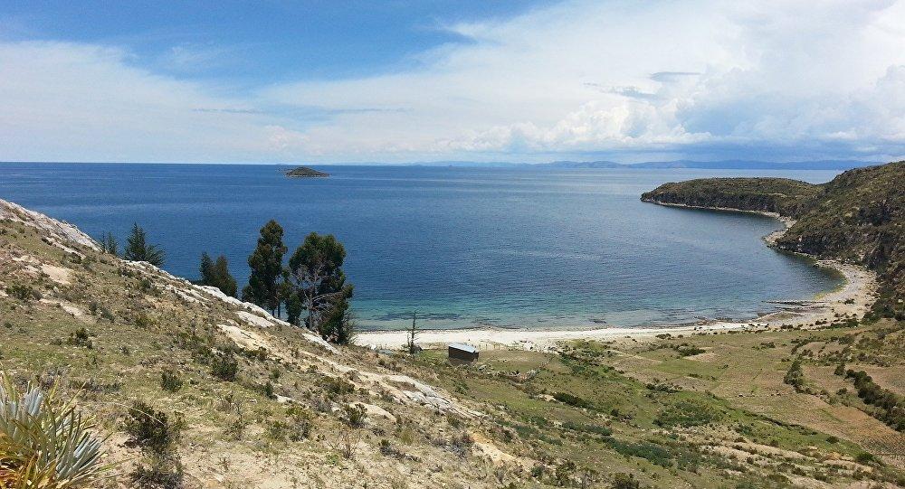 Lago Titicaca, Bolivia (archivo)