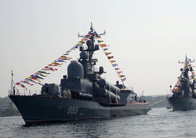 Lancha rusa R-60