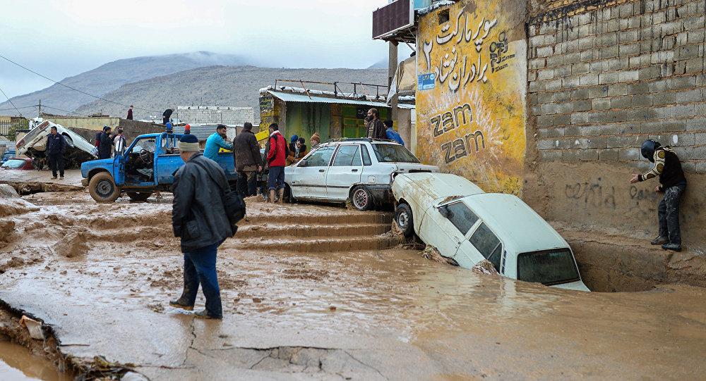 Consecuencias de inundaciones en Irán