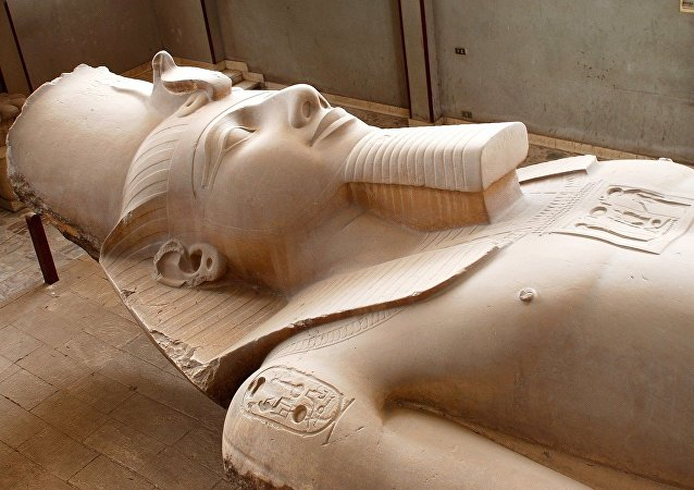 La estatua del faraón Ramsés II