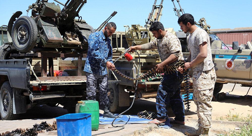 Los militares se preparan para la ofensiva en Trípoli, Libia