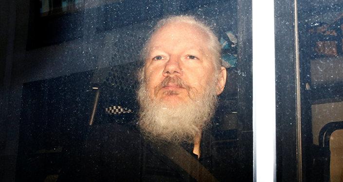 Julian Assange, fundador de WikiLeaks tras su detención por la Policía británica