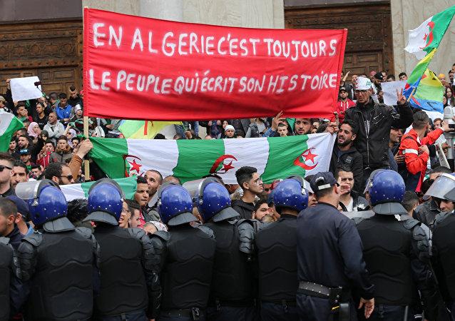 Protestas en Argelia