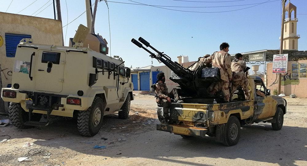 Vehículos militares del Ejército de Haftar