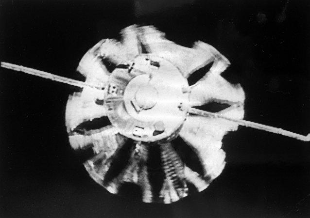 La vela espacial que se mueve con energía solar, una hazaña de la cosmonáutica
