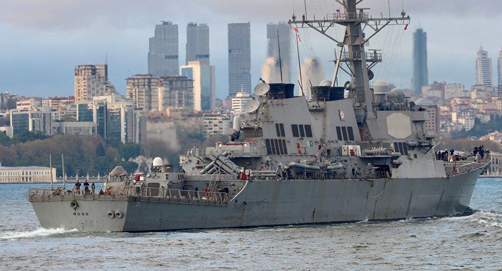 El destructor lanzamisiles estadounidense USS Ross