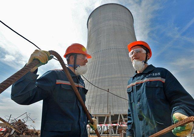 Construcción de una central nuclear (archivo)