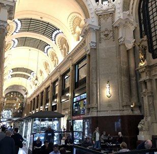 Interiores de la Galería Güemes de Buenos Aires