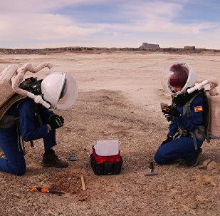 Un equipo de expedición de la misión Mars Desert Research Station