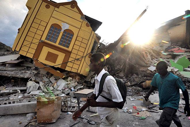 Destrozos provocados por el terremoto de Haití en 2010 (foto de archivo)