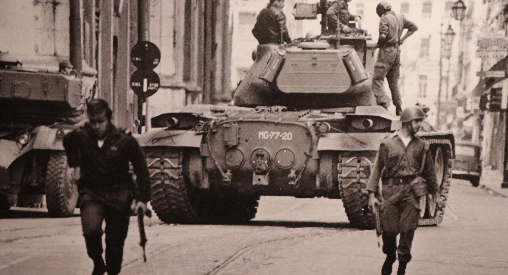 Militares portugueses en las calles de Lisboa (archivo)