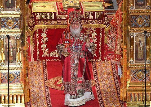 La misa de Pascua en la catedral de Cristo Salvador de Moscú