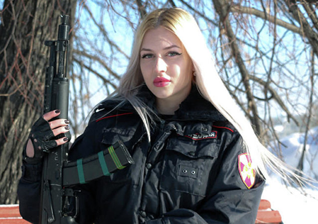 Ana Jramtsova, ganadora del concurso Krasa Rosgvardii
