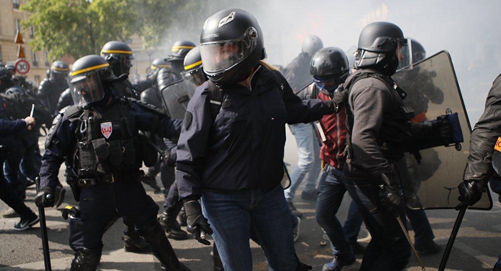Choques de la Policía y los llamados 'chalecos amarillos'