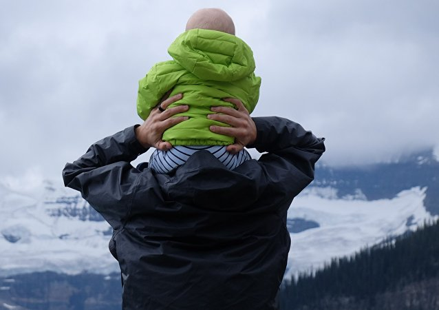 Un padre, imagen referencial