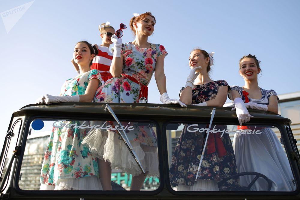 Más de 20 tripulaciones participaron en la carrera que comenzó el 1 de mayo en Sebastopol.