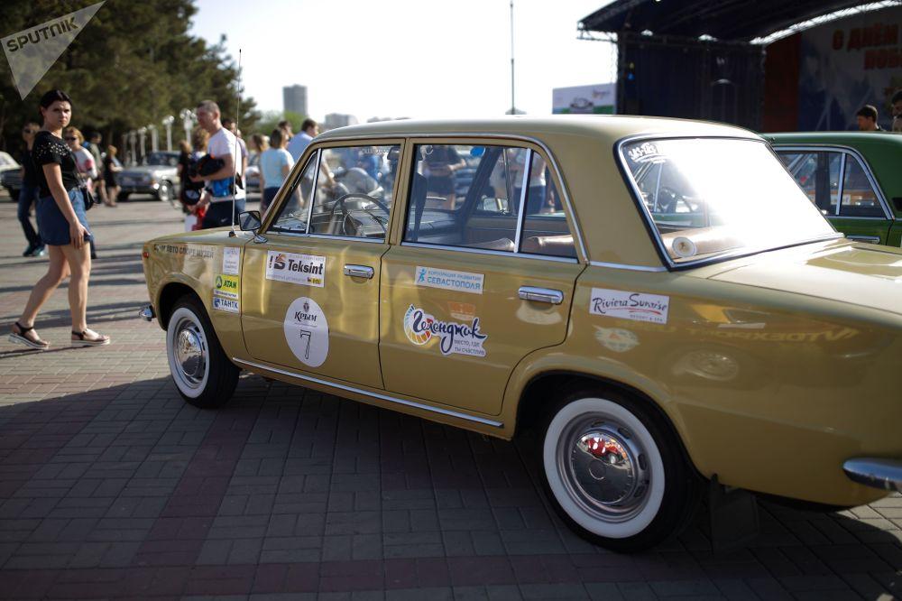 La carrera de Najímov fue organizada por la sociedad histórica de automóviles Gorkyclassic.