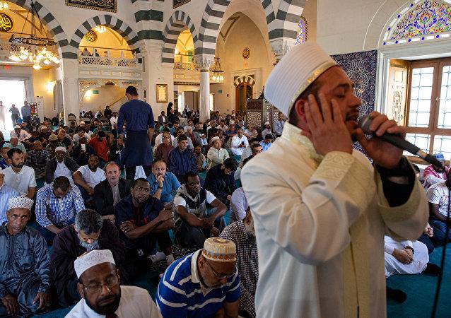 Una oración del Ramadán en un centro musulmán en el estado de Maryland (EEUU)
