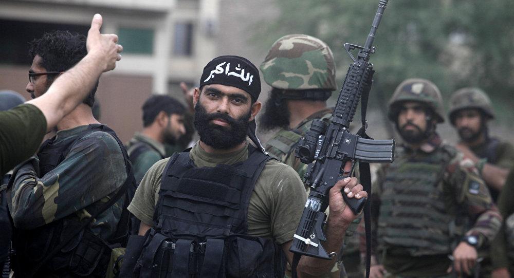 Al menos un muerto en ataque contra hotel de lujo en Pakistán