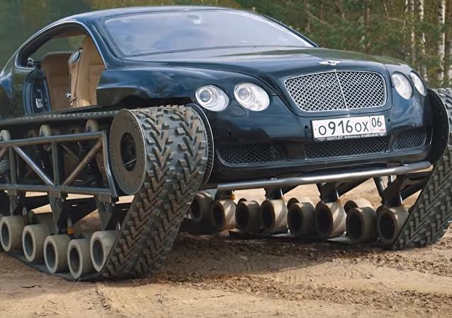 Así convierten un Bentley deportivo en un monstruo de tanque
