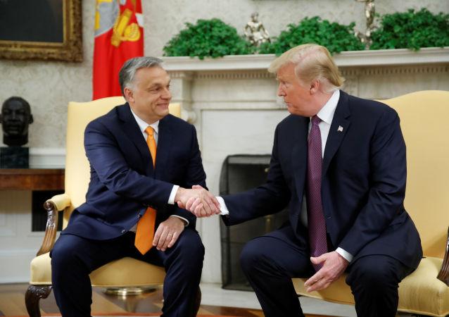 Víktor Orbán, primer ministro de Hungría, y Donald Trump, presidente de EEUU