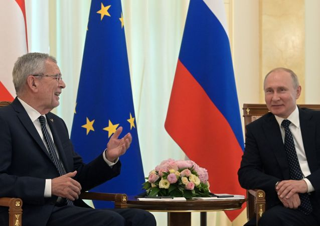 Presidente de Austria, Alexander Van der Bellen, y presidente de Rusia, Vladímir Putin