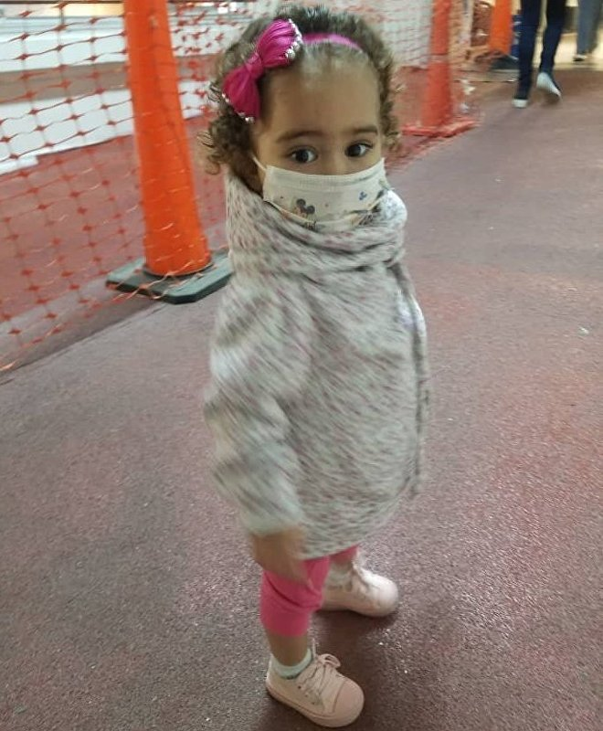 Isabella sufre una enfermedad congénita que la obligó a realizarse un trasplante de hígado, pero su tratamiento corre peligro por las sanciones de EEUU a Venezuela