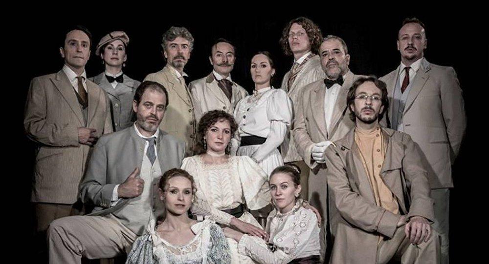 Reparto del Teatro de Cámara Chéjov en Madrid