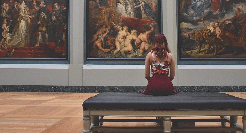 Museo del Louvre en París (Francia)