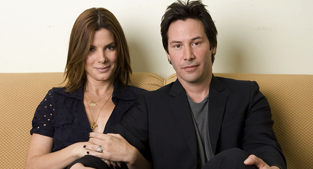 Sandra Bullock y Keanu Reeves en 2006