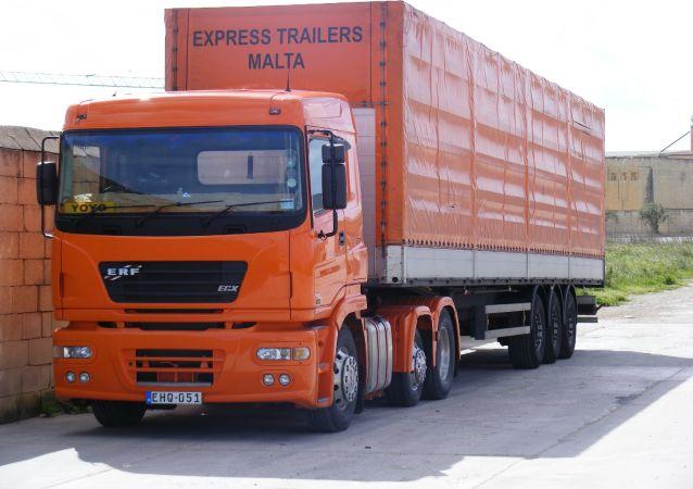 Un camión, imagen referencial