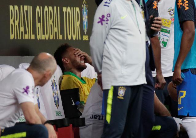 El delantero brasileño Neymar