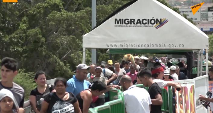 La Policía colombiana bloquea los cruces ilegales de ríos en la frontera con Venezuela