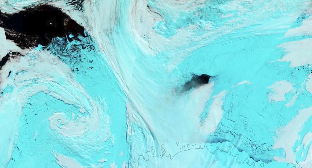Agujeros en el hielo de la Antártida