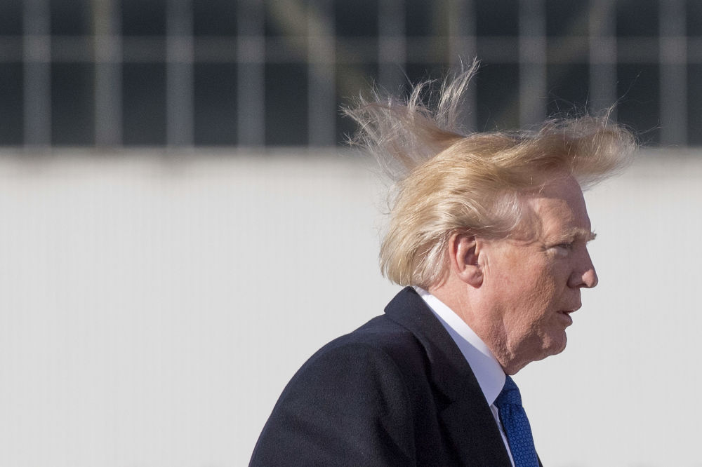 Los famosos y el viento no se llevan del todo bien