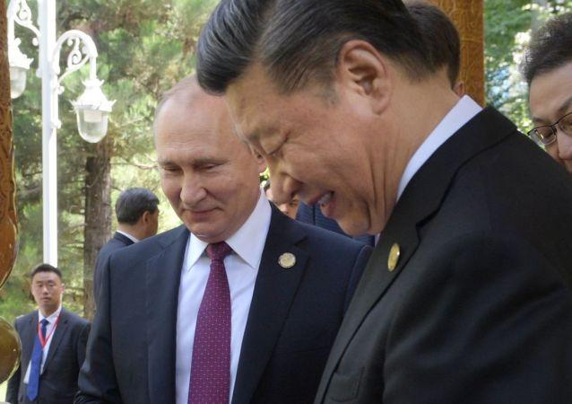 Vladímir Putin, presidente de Rusia, felicita a su homólogo chino, Xi Jinping, con motivo de su cumpleaños