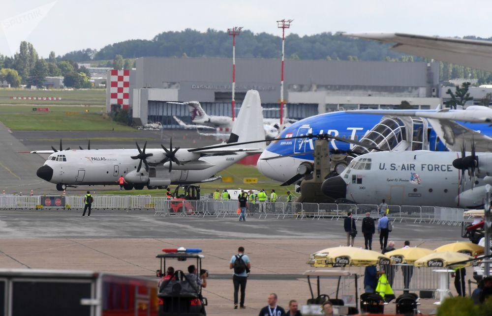 Aviación de vanguardia: se inaugura el salón aéreo en Le Bourget
