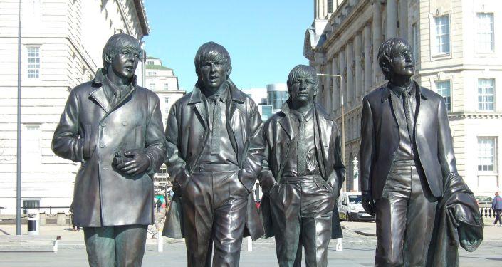 Estatua de Los Beatles en Liverpool, Reino Unido