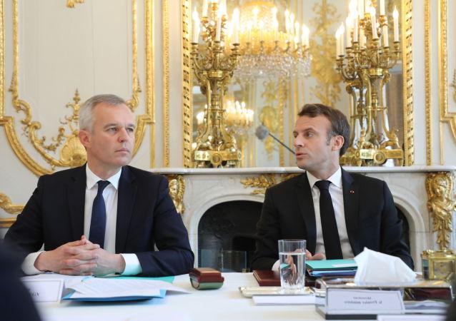 El Ministro de Ecología de Francia, Francois de Rugy, y el presidente galo, Emmanuel Macron