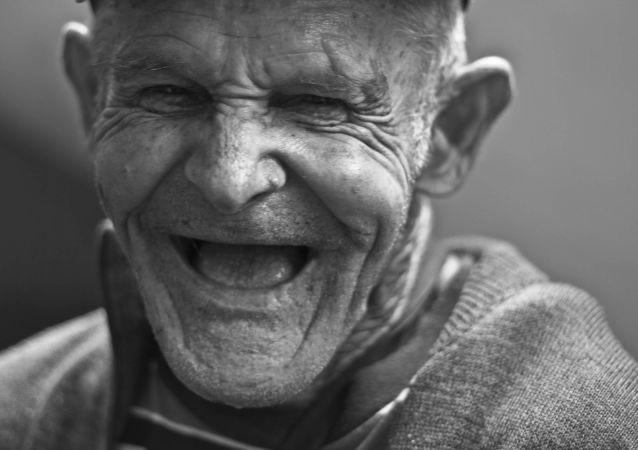 Un anciano (imagen referencial)
