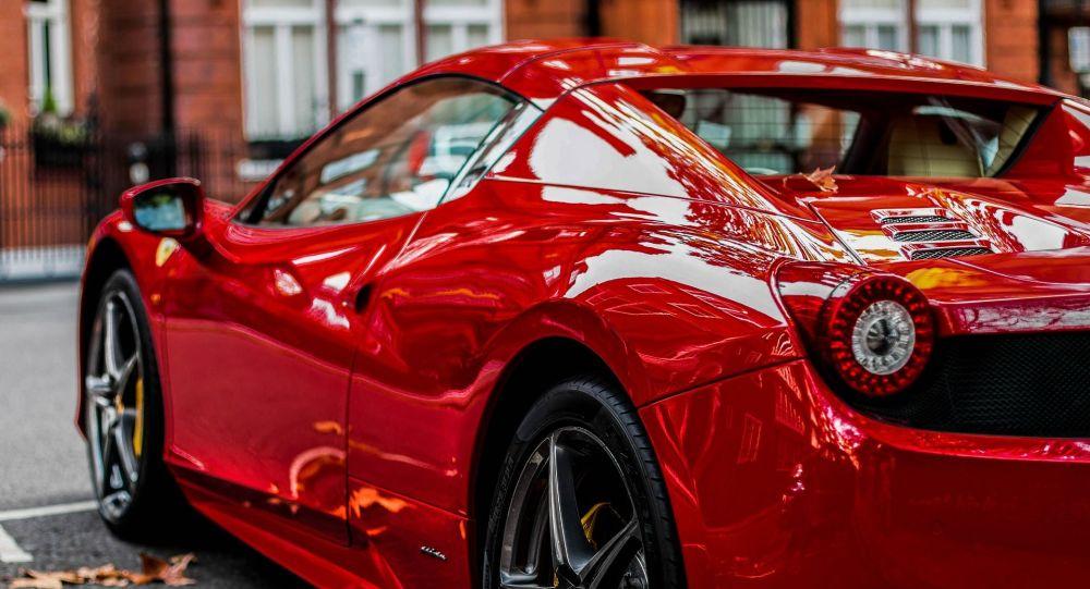 Un vehículo de la marca Ferrari (archivo)