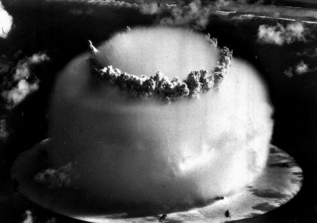 Una prueba nuclear realizada por EEUU en el atolón Bikini, en 1946