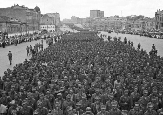 El histórico día en el que miles de nazis derrotados marcharon por Moscú