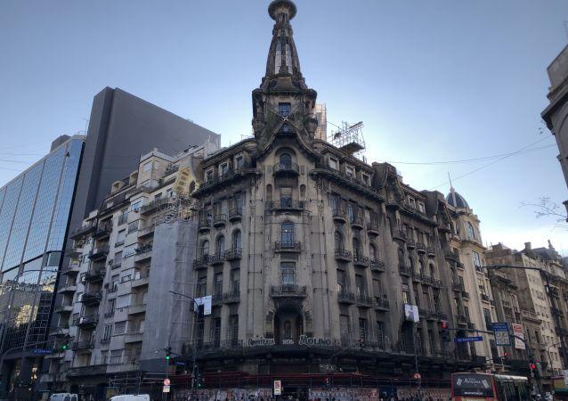 Edificio de la Confitería del Molino en Buenos Aries, en pleno proceso de restauración