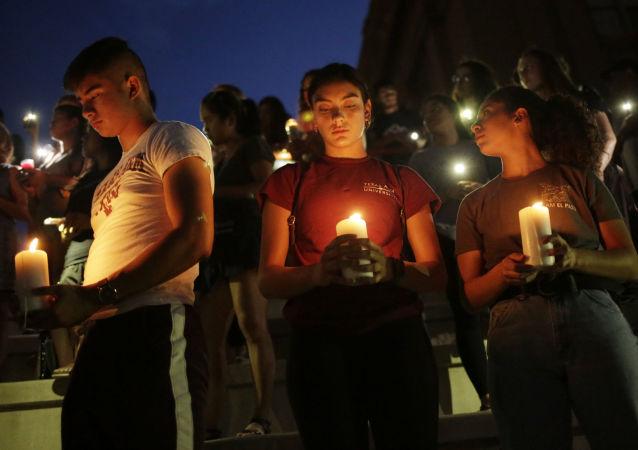 Homenaje a las víctimas del tiroteo en El Paso, Texas
